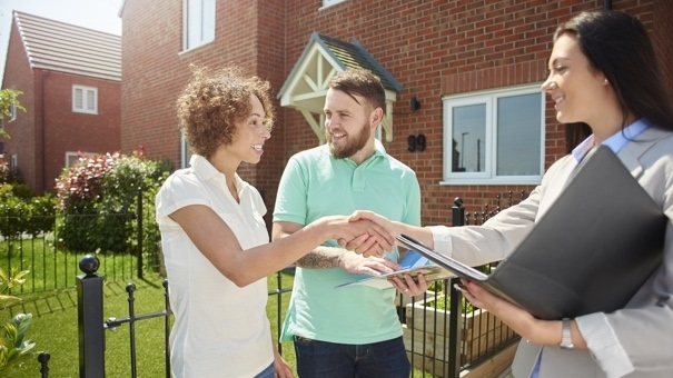 Financing Options NRI Buyers Must Check Out While Investing In Real Estate