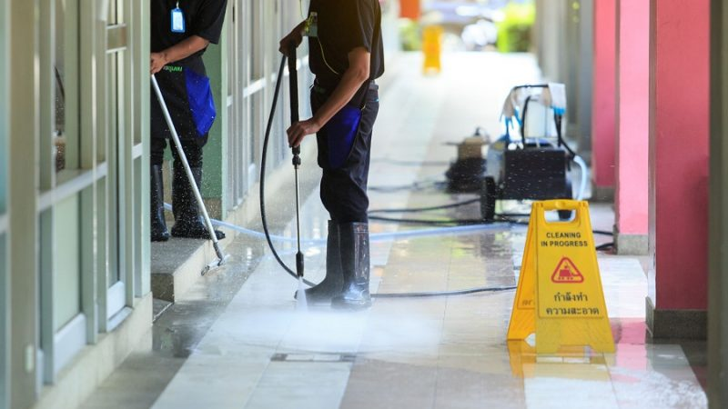 Selecting a service for power washing: Top things to know!