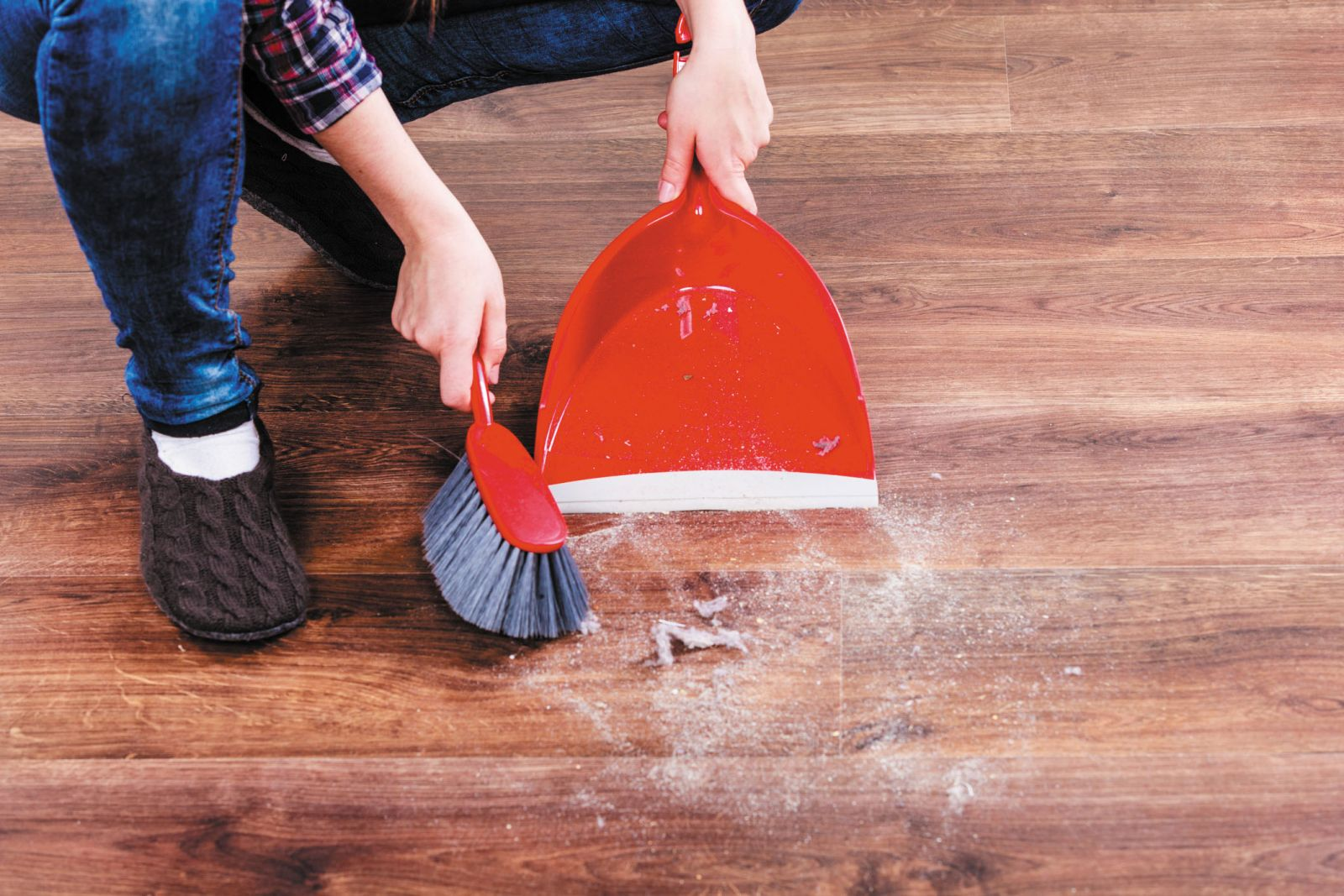 Keep Harmful Contaminants off Your Wall-To-Wall Carpet Using These Tips